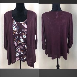 Burgundy shrug with 3/4 length sleeves. With tank